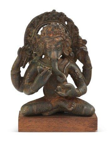 尼泊尔 十六/十七世纪 铜象头神坐像 NEPAL, 16TH-17TH CENTURY