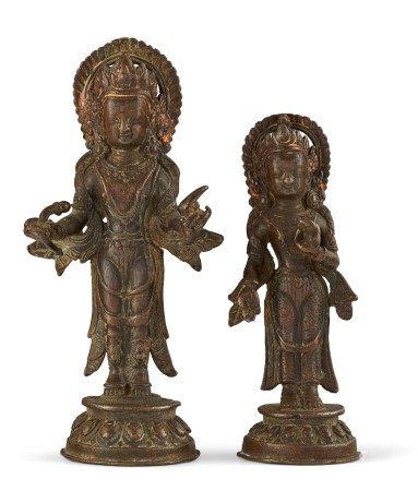 尼泊尔 十七/十八世纪 铜仙侣立像二件 NEPAL, 17TH-18TH CENTURY