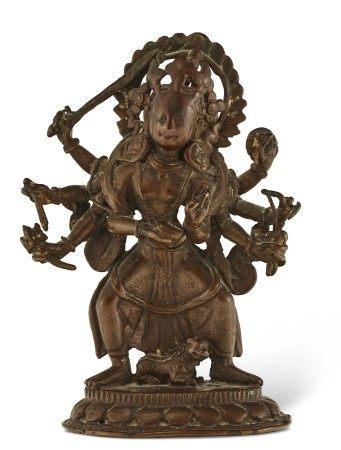 尼泊尔 十七/十八世纪 铜难近母像 NEPAL, 17TH-18TH CENTURY