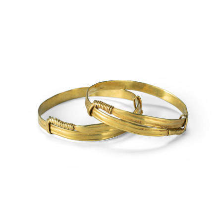 A pair of gold bracelets, tiaotuo  Song-Yuan dynasty (2)