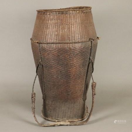 Tragekorb - Burma, nach 1900, angeflochtene Halteösen für Tragevorrichtung mit Stirntrageriemen,