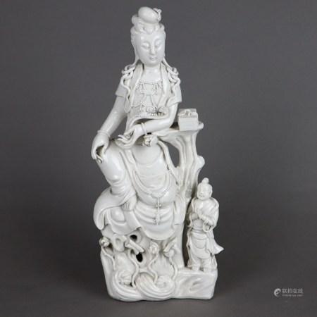 Blanc de Chine - Guanyin - China, Qing-Dynastie, glasiertes Weißporzellan, Darstellung der Guanyin