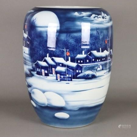 Bodenvase mit Dekor im japanischen Stil - gebauchte Form, umlaufend mit fein gemalter verschneiter