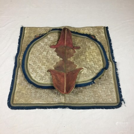 Prunkvolle Satteldecken - Orient, 2-tlg, rechteckige bzw. ovale Form, lederne Satteldecken mit