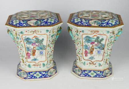 Pr QING CHINESE EXPORT PORCELAIN BOUGH POTS w FROG
