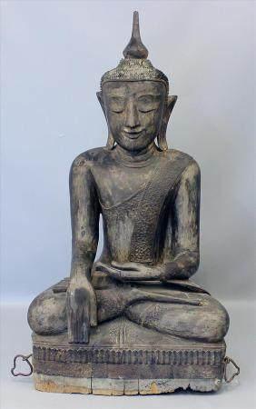"""Lebensgroßer Buddha """"Maravijaya""""."""