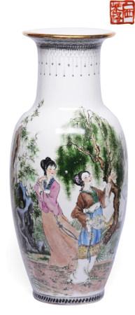 粉彩仕女瓶 - '廣西蒼梧' 款