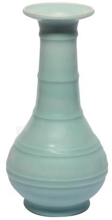 青釉弦紋瓶