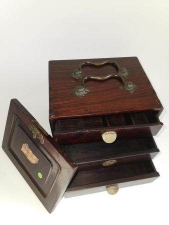 QING DYNASTY CHIENSE SEALS COLLECTOR ROSEWOOD BOX