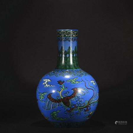 Qing Dynasty plain tricolour  globular shape vase