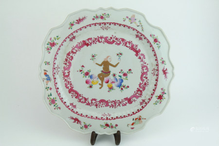 Qing dynasty famille rose plate with figure pattern