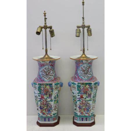 Fine Quality Pair of Chinese Enamel Decorated