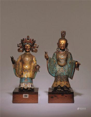 清十八世紀 銅胎掐絲琺瑯旃檀佛與菩薩立像