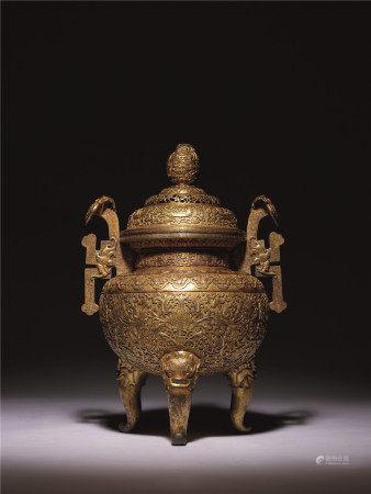 清 銅鎏金鏨花如意耳三足爐