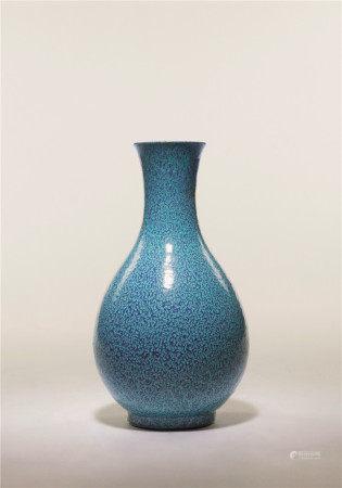 清 爐鈞釉橄欖瓶