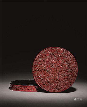 元末明初 剔紅牡丹獅子紋大香盒