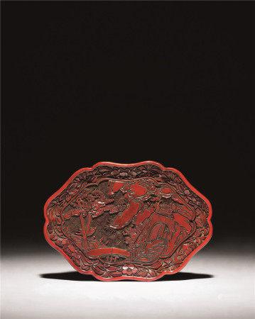 明十四-十五世紀 剔紅三國人物圖花口香盤