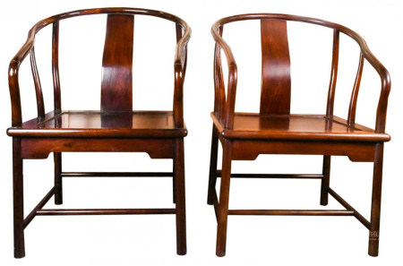 A PAIR OF HUALI WOOD CHAIRS 20TH C