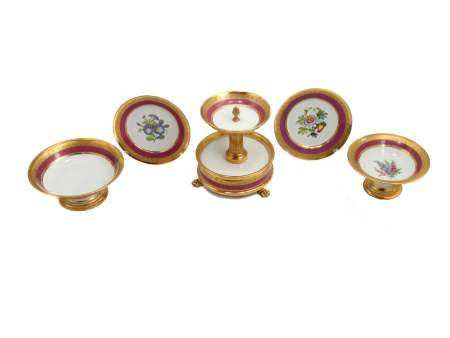 A HAND PAINTED PORCELAIN DINING SET CIRCA 1850