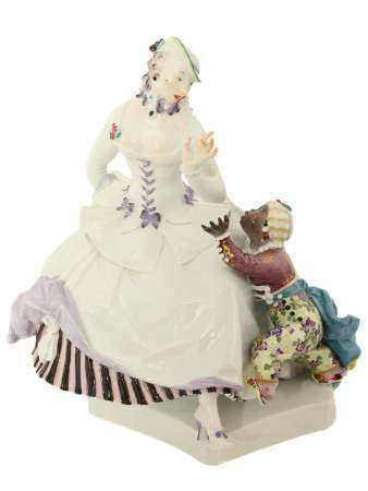 A MEISSEN PORCELAIN GROUPING OF A WOMAN WITH MAURO BOY