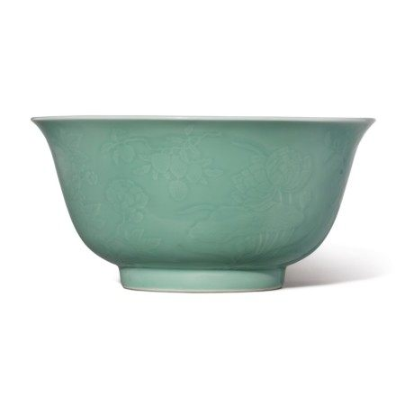 A FINE LARGE MOLDED CELADON-GLAZED BOWL,  QIANLONG SEAL MARK AND PERIOD