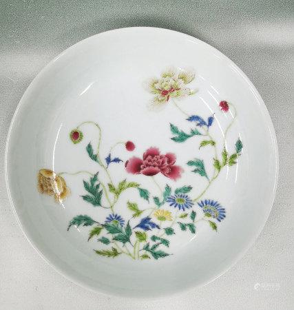 粉彩花卉紋盤