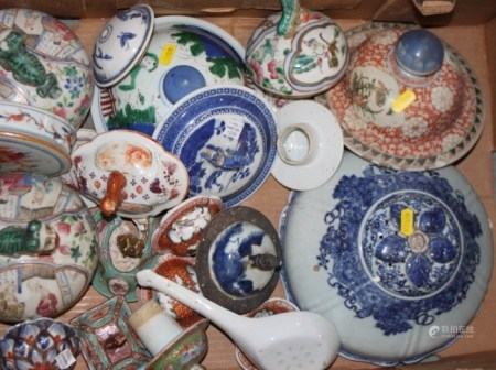 A quantity of mostly Chinese vase covers, including famille rose, etc