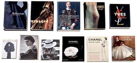 [BOOKS-FASHION] Group of approximately ten large format volu