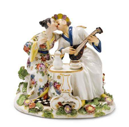 A PAIR OF CHINESE LOVERS  - Meissen, ca. 1740.  - No manufactory mark.  - H 11 cm.  - [...]