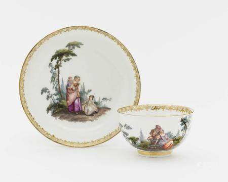 A cup and saucer - Meissen, mid-18th century