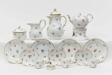 A 42-piece coffee and tea service - Meissen