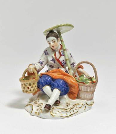 A Japanese man with fish baskets - Meissen