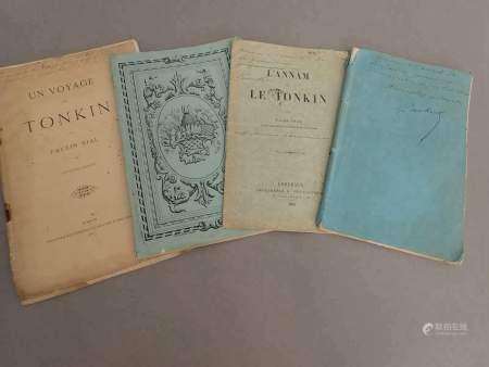 1868 Un ensemble de trois plaquettes dédicacées au Vice-Amiral de la Grandière [...]