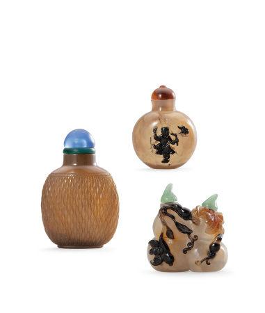 瑪瑙巧雕鼻煙壺 三件一組