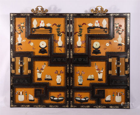 A PAIR OF CHINESE ROSEWOOD GEM STONE INLAID HANGED SCREENS