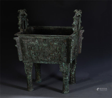 CHINESE ANCIENT BRONZE DOUBLE HANDLE FOUR FOOT CENSER