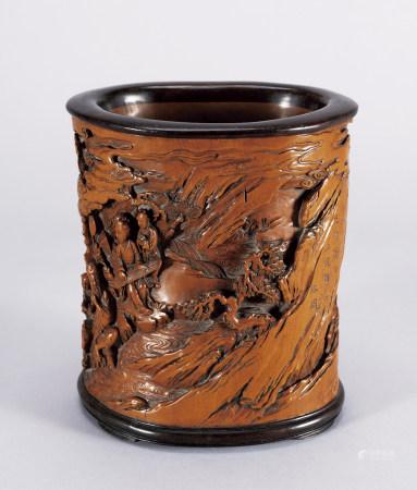 清 黃楊木雕人物筆筒