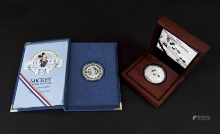 迪士尼米老鼠紀念銀幣2枚