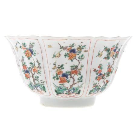Chinese Export Famille Verte Paneled Bowl