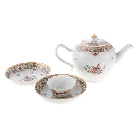 Chinese Export Globular Teapot & Two Saucers