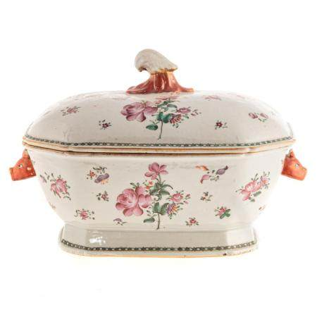 Chinese Export Famille Rose Soup Tureen