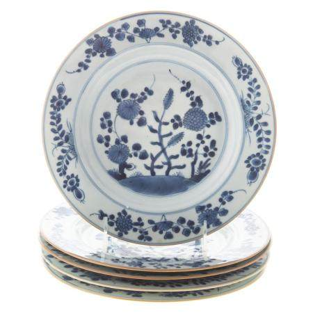 Five Chinese Export Blue/White Floral Plates