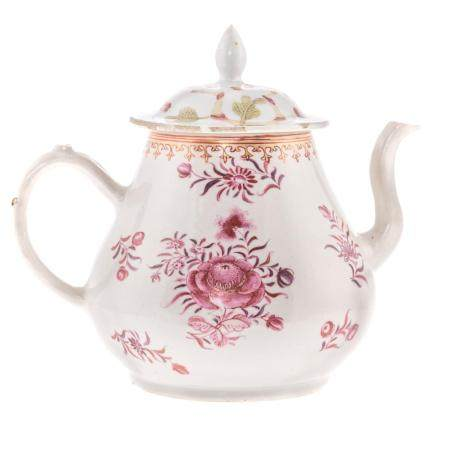 Chinese Export Famille Rose Tea Pot