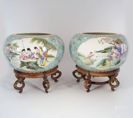 PAIR OF CHINESE REPUBLICAN JARS