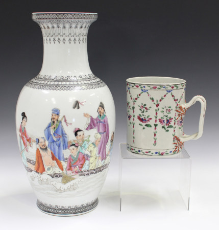 A Chinese famille rose export porcelain cylindrical tankard, late Qianlong period, painted with