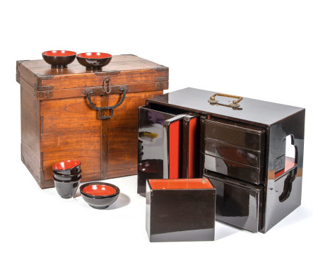 Boîte à Bento de voyage laquée noir, composée de plateaux, récipient à alcool, [...]