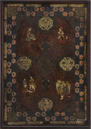 Panneau en cuir brûlé, estampé, laqué et peint, Iran, époque Qajar, décor de [...]