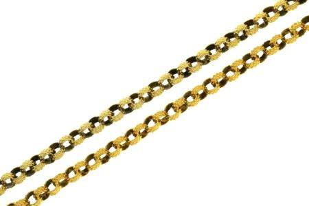 A VICTORIAN GOLD MUFF CHAIN, MID 19TH C  approx 102cm l, 29g Good condition, possibly originally