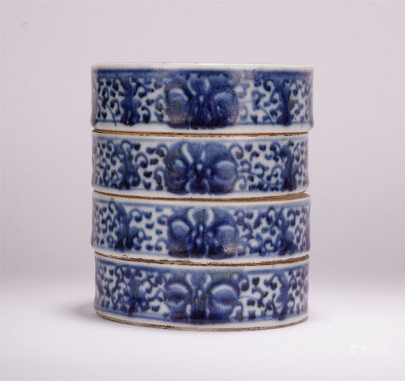 A CHINESE BLUE AND WHITE PORCELAIN FLOWER PATTERN FOUR LAYER LIDDED BOX