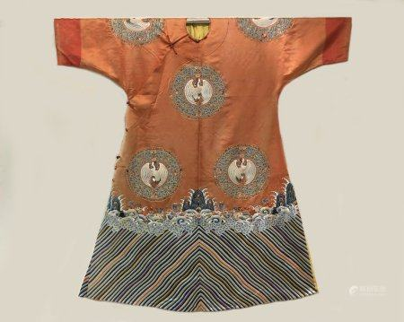 Qing dynasty embroidery robe